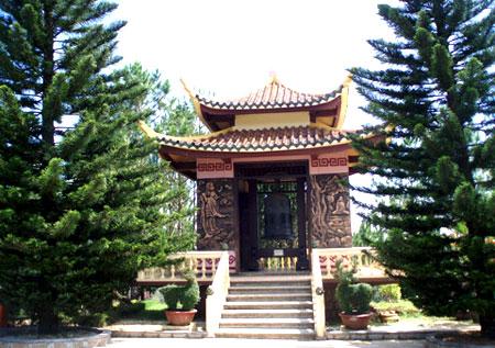 Truc Lam Zen Monastery   _  Dalat - Vietnam 08