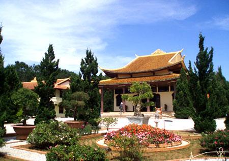Truc Lam Zen Monastery   _  Dalat - Vietnam 10